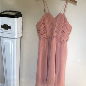 Peachy blush short dress for formal occasions